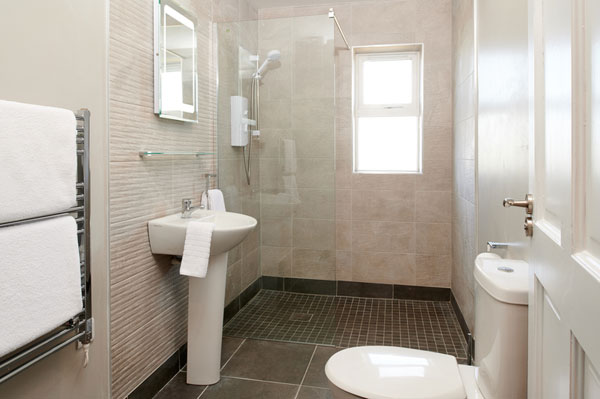 Ensuite at Armada Self Catering Cottages Spanish Point West Clare